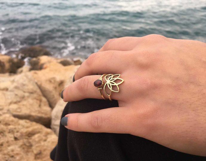 Lotus flower ring model