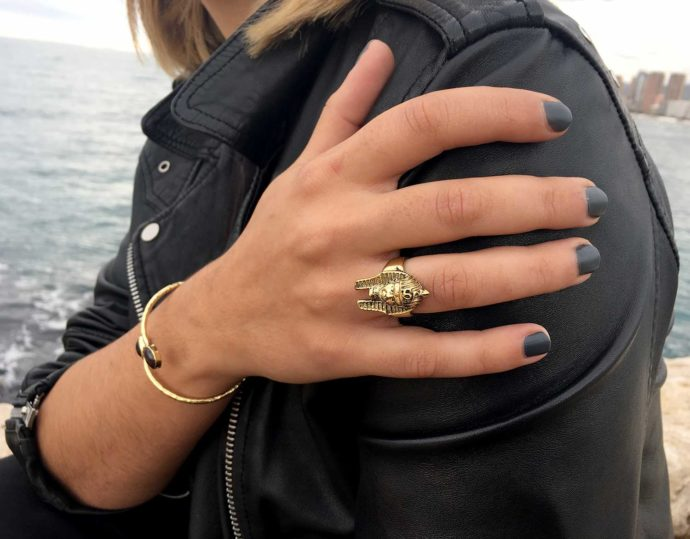 Modelo anillo laton faraon