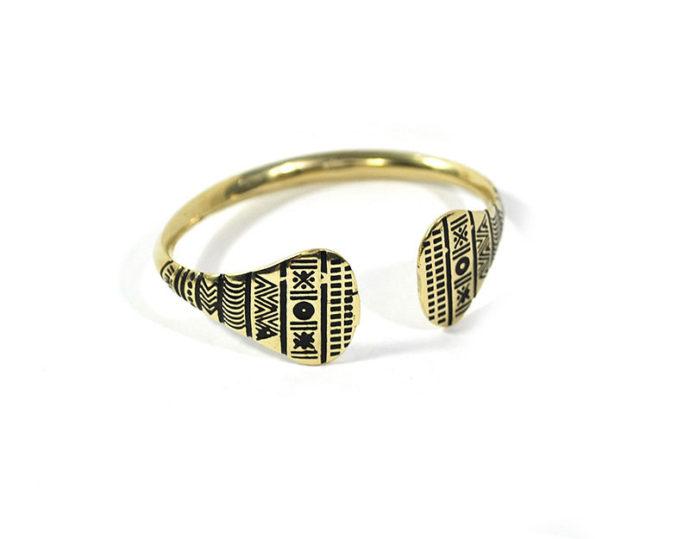 rigid golden bracelet