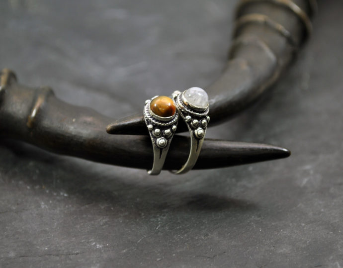 small silver gemstone ring