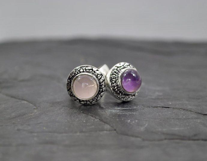 circular gemstone ring
