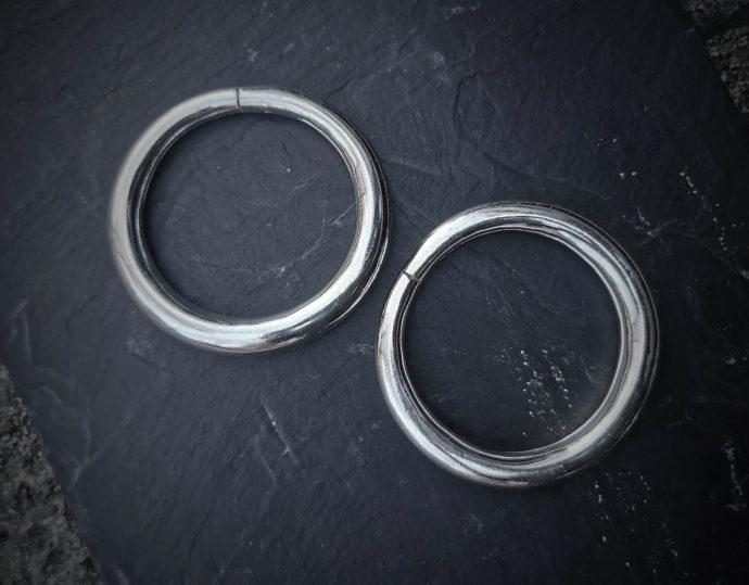 Thick-bracelets