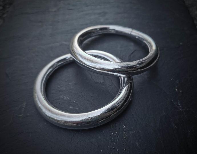 silver-bracelets