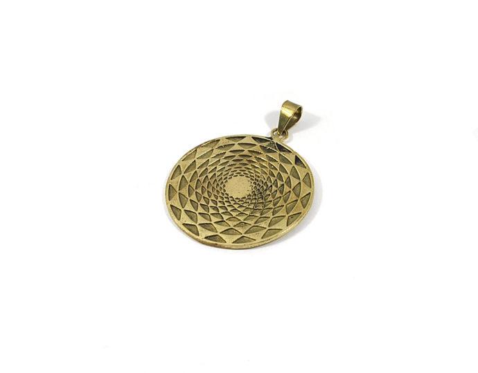 colgante mandala brass