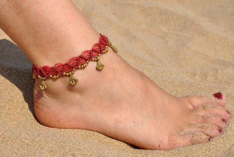 TP-red-anklet