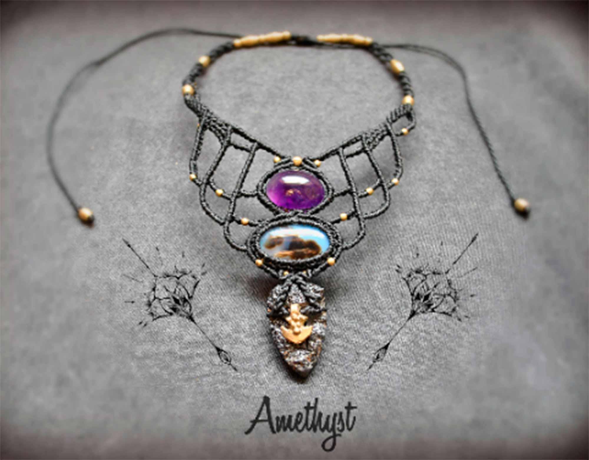 6-gemstone-necklce