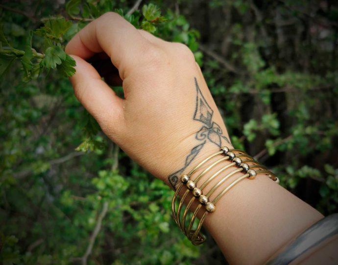 thick-bracelet