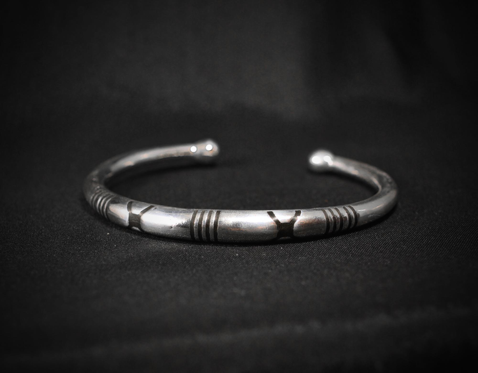 soliD-men-bracelet